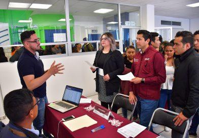 Vinculan en Guadalupe a universitarios con Oferta Laboral