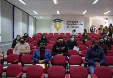 Estudiantes zacatecanos son beneficiados con las becas Jóvenes Escribiendo el Futuro, de Escuelas Normales y Universidades para el Bienestar